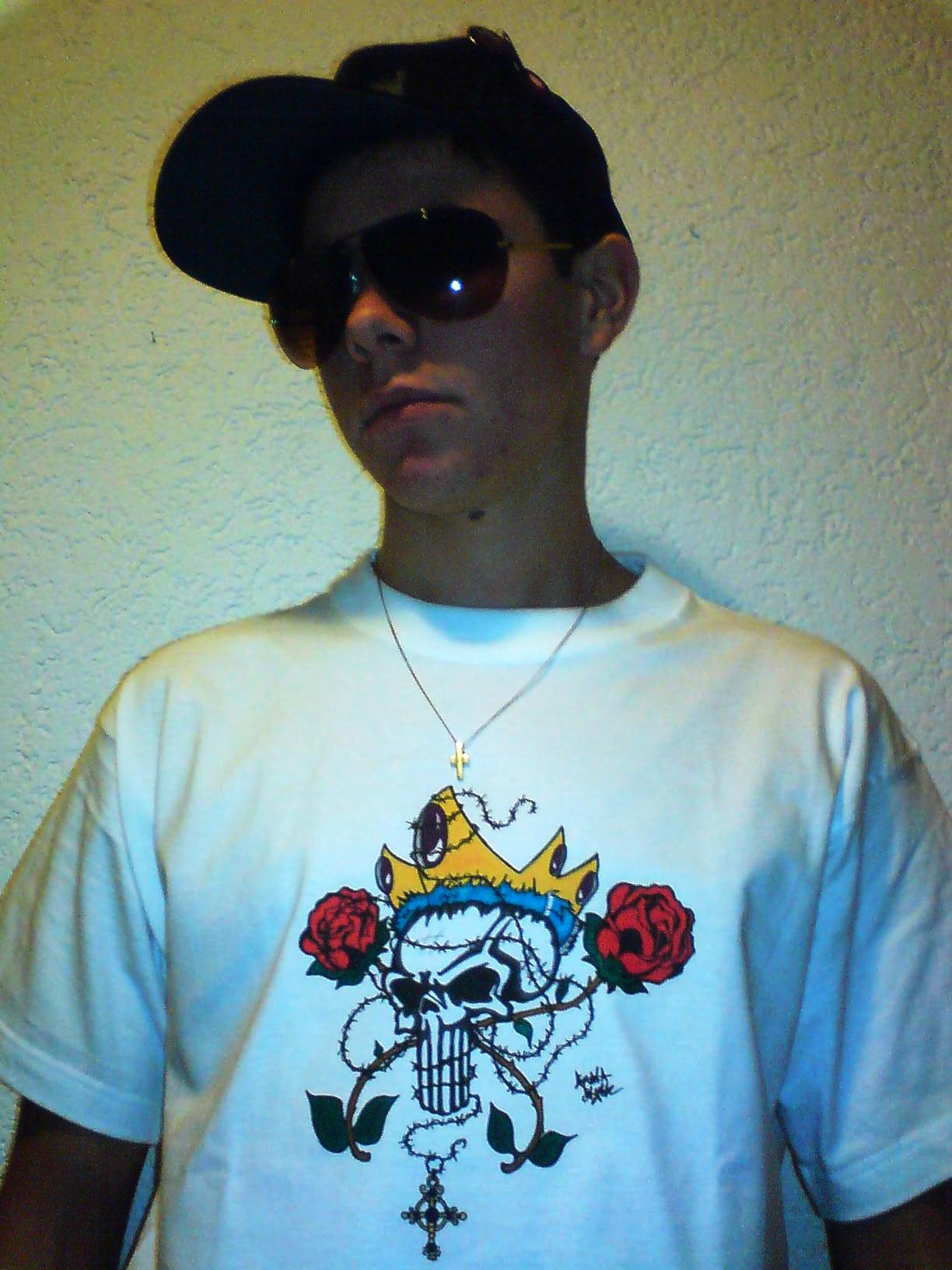 scull & rose T-Shirt